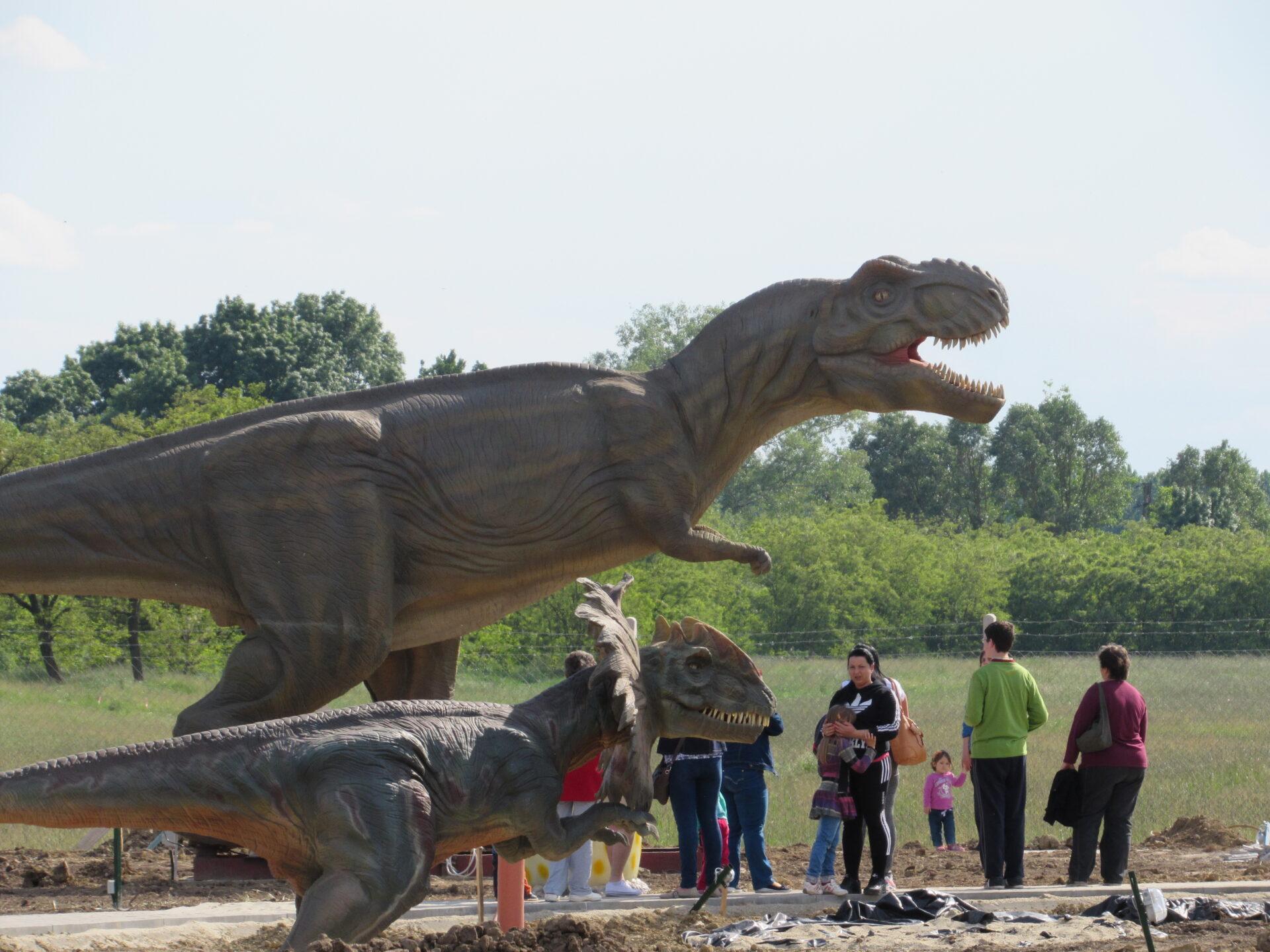 Tiszaderzs-Dinopark