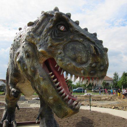 D-REX dínópark Tiszaderzsen